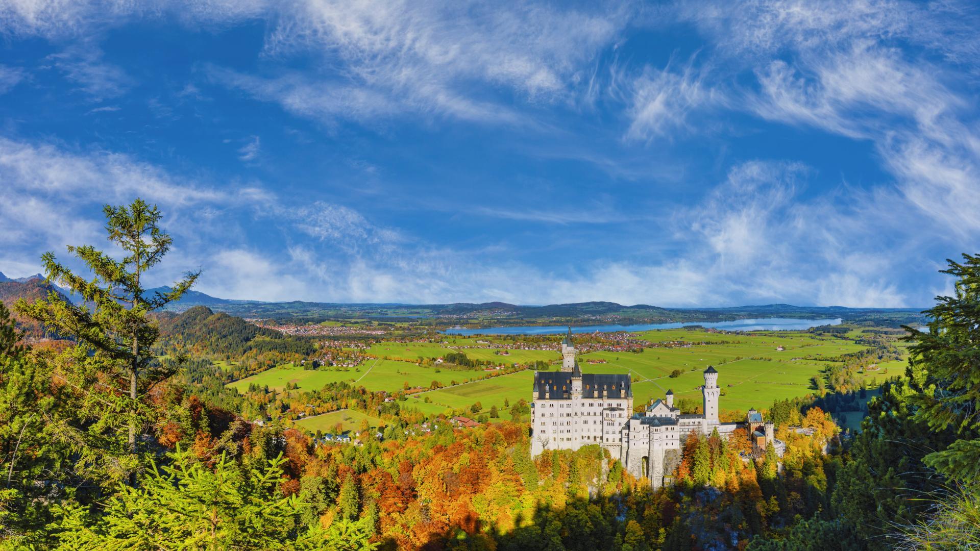 Schloss Neuschwanstein ammergebirge herbst