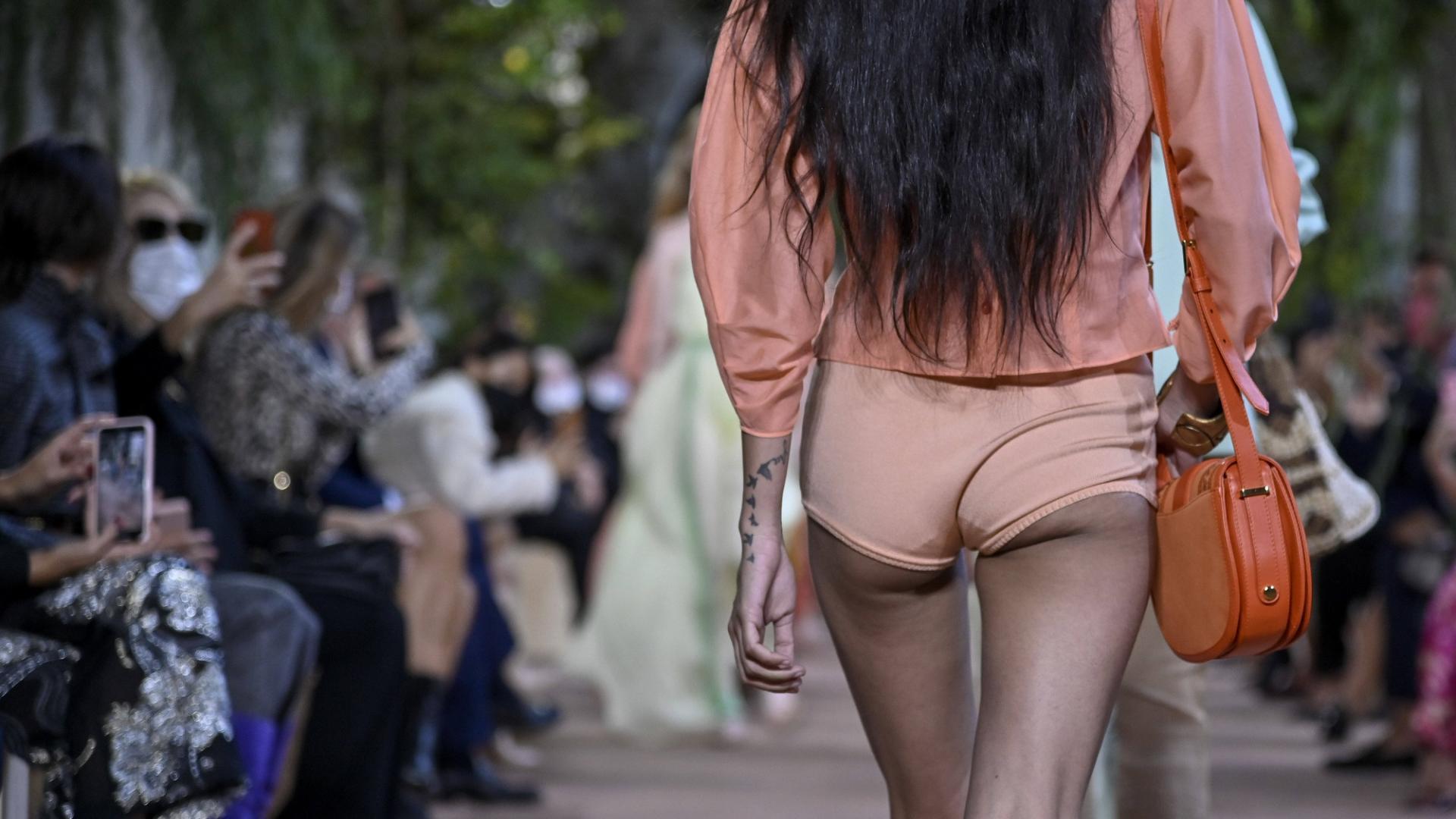 Mismatch, Fashion Week