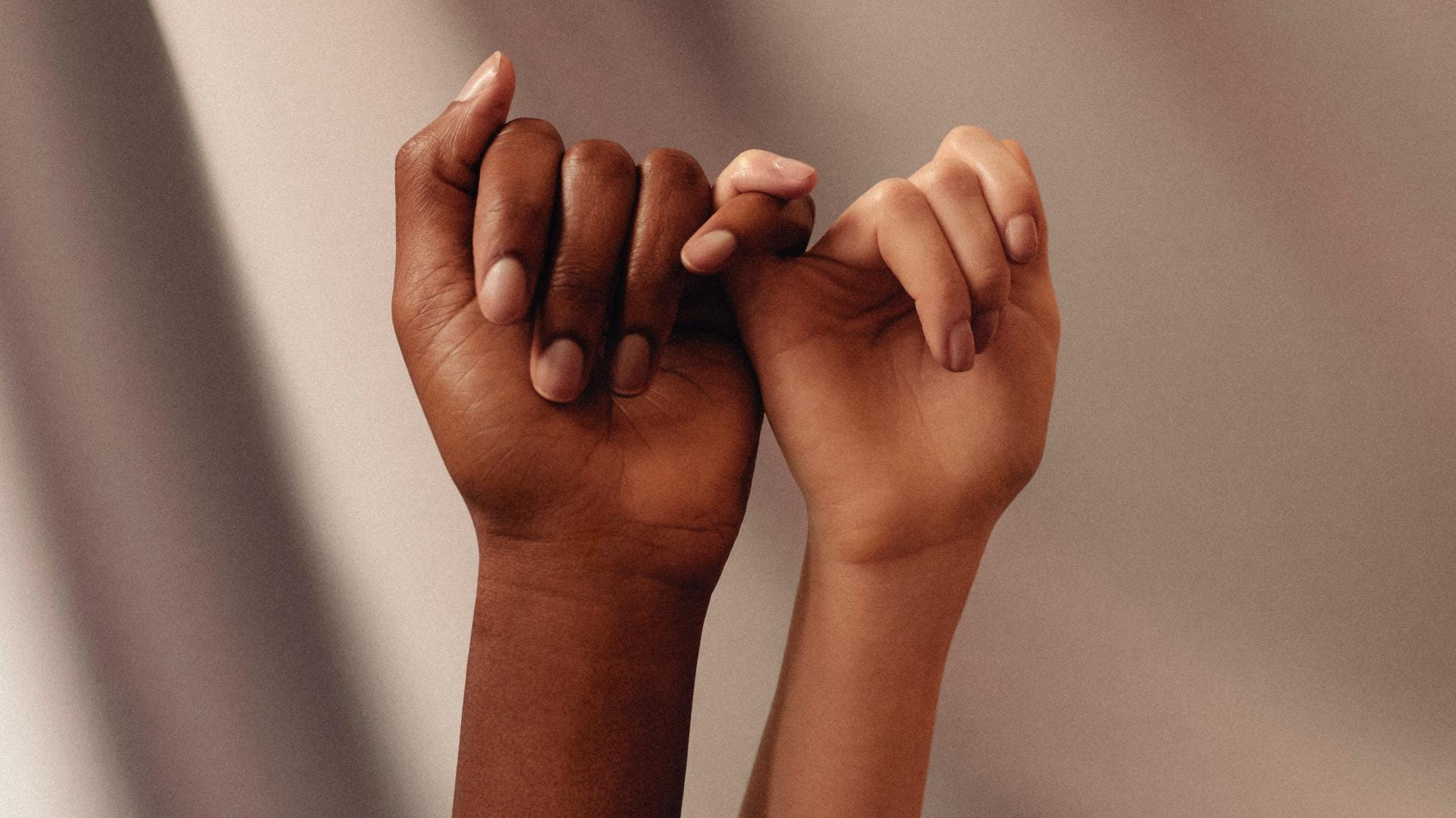 Freundschaft schwur Finger