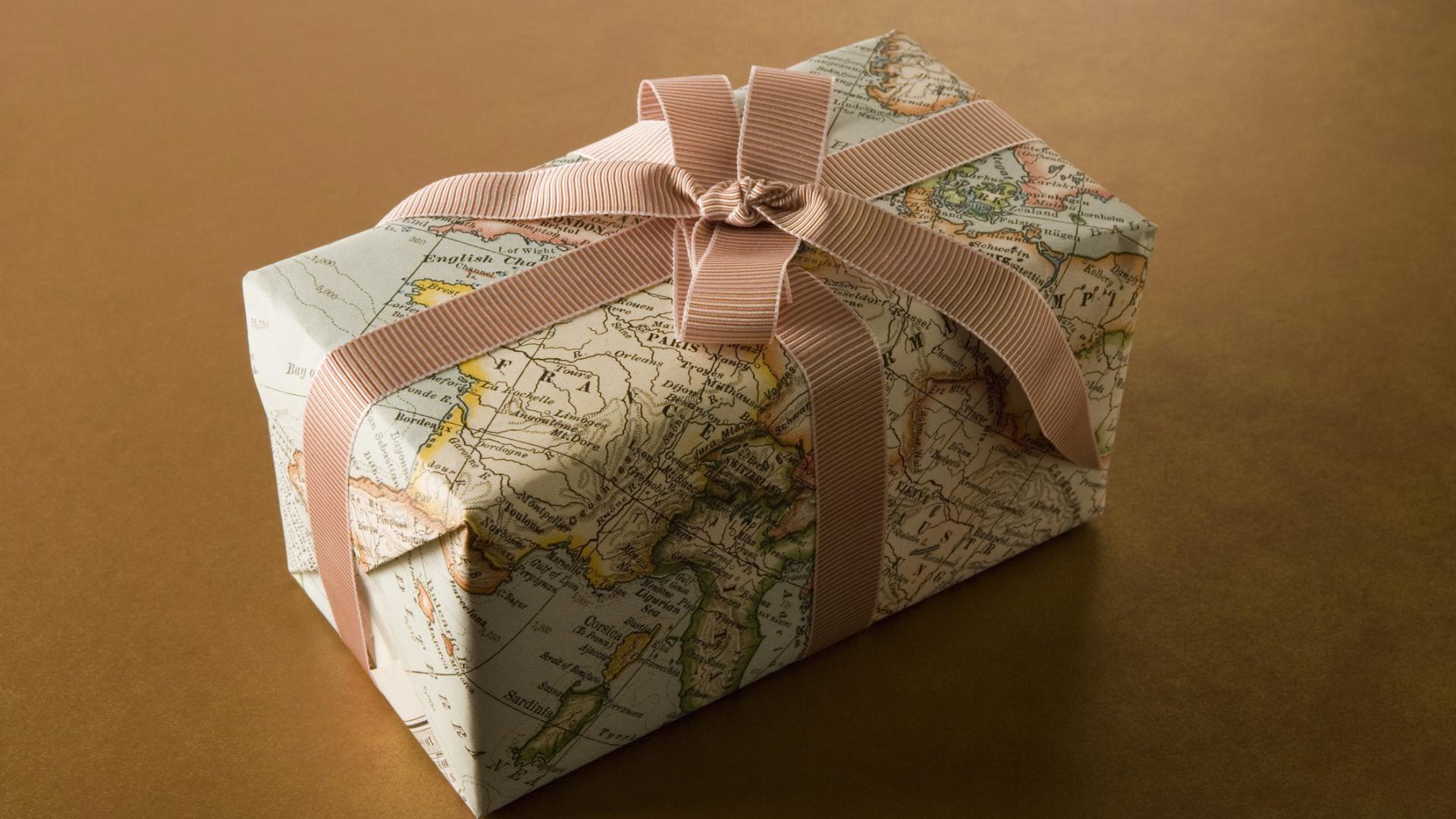 Weihnachtsgeschenke verpacken, Staßenkarte