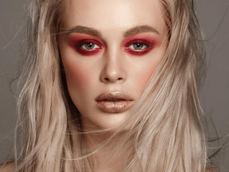 Silvester Make-Up, dramatisches Make-Up, Roter Lidschatten