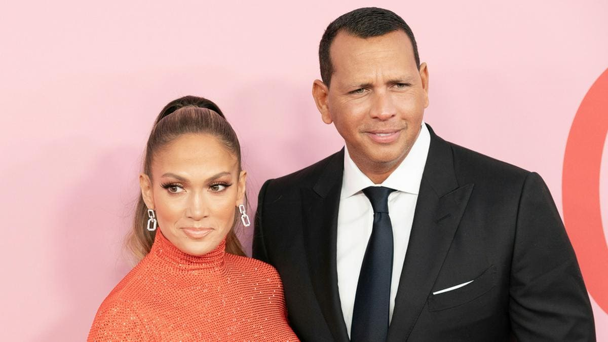 Jennifer Lopez und Alex Rodríguez bei den CFDA Fashion Awards 2019 in Brooklyn.. © lev radin / Shutterstock.com