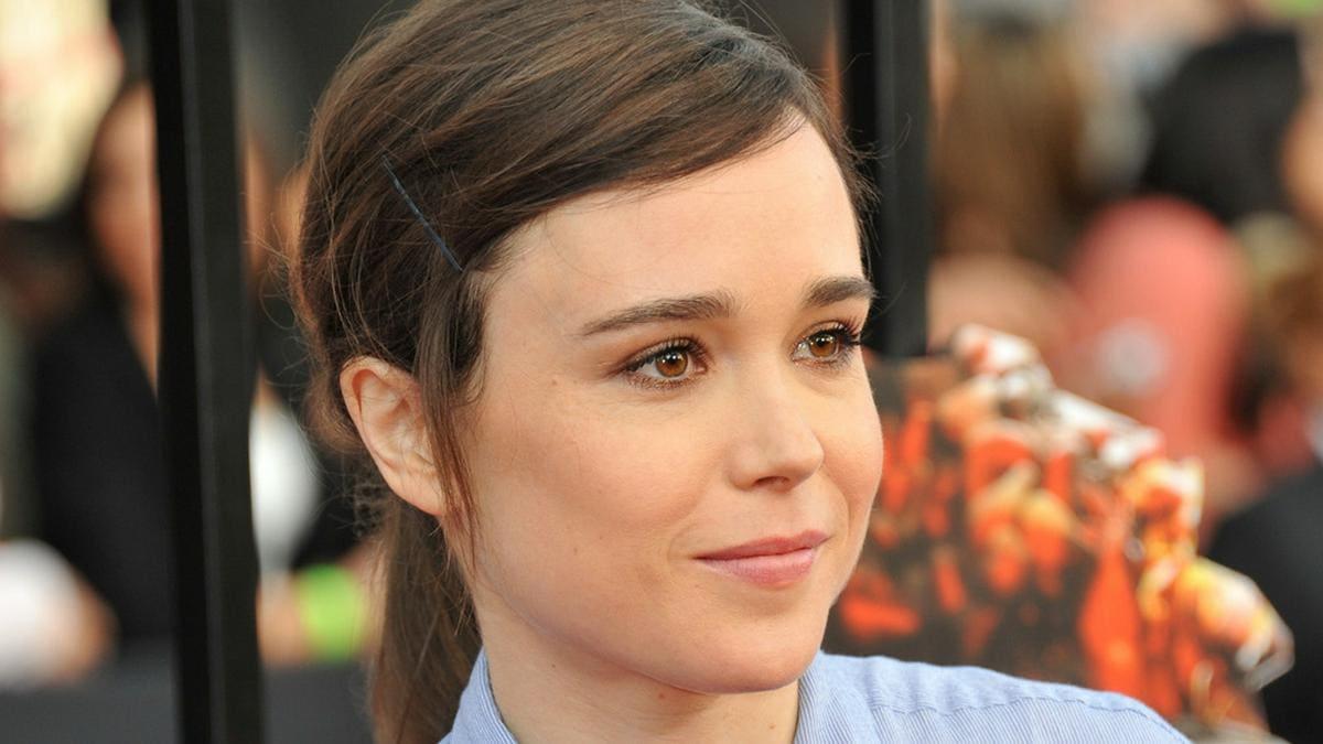 Schauspieler Elliot Page ist nach seiner Brust-Abnahme überglücklich.. © Jaguar PS/Shutterstock.com