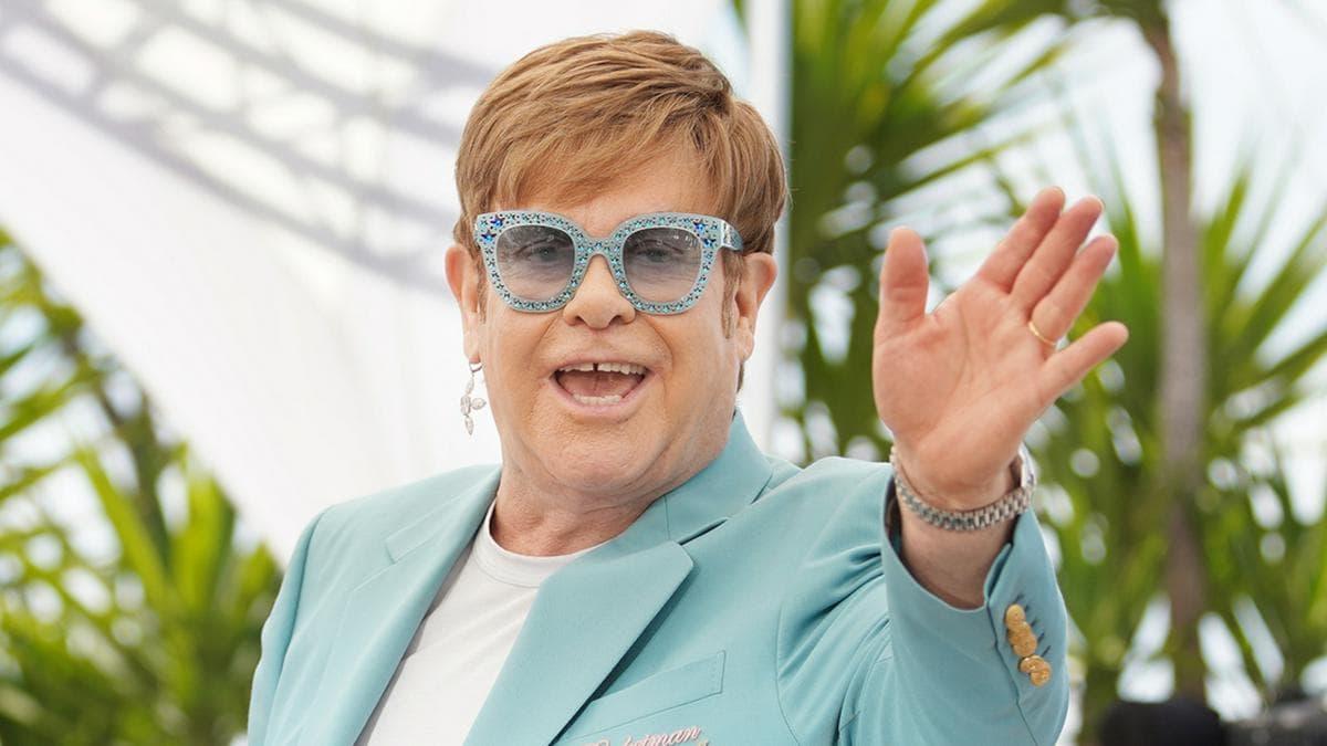 Elton John feiert seinen 74. Geburtstag mit der Familie.. © Denis Makarenko/Shutterstock.com
