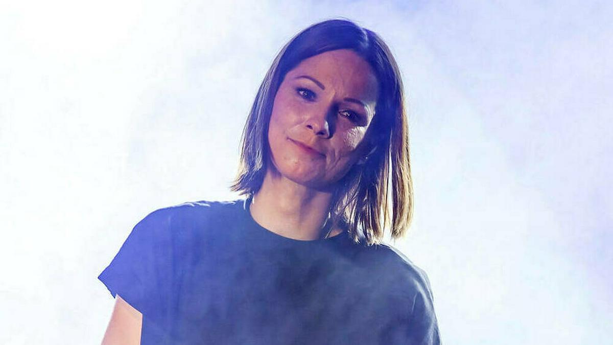 Sängerin Christina Stürmer ist jetzt Zweifach-Mama.. © imago images/Future Image