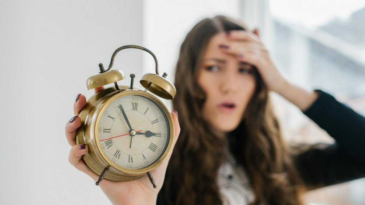 Am 28. März werden die Uhren wieder auf Sommerzeit umgestellt.. © file404 / Shutterstock.com