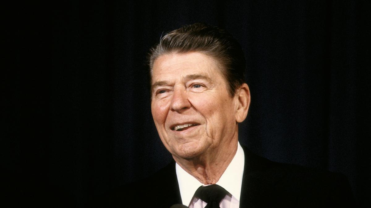 Vor 40 Jahren wurde Ronald Reagan Opfer eines Attentats.. © mark reinstein/Shutterstock