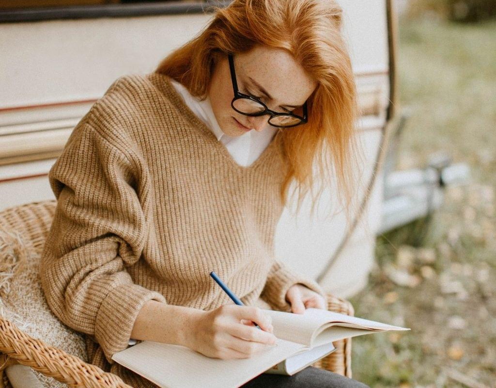 frau tagebuch schreiben liste erster Arbeitstag