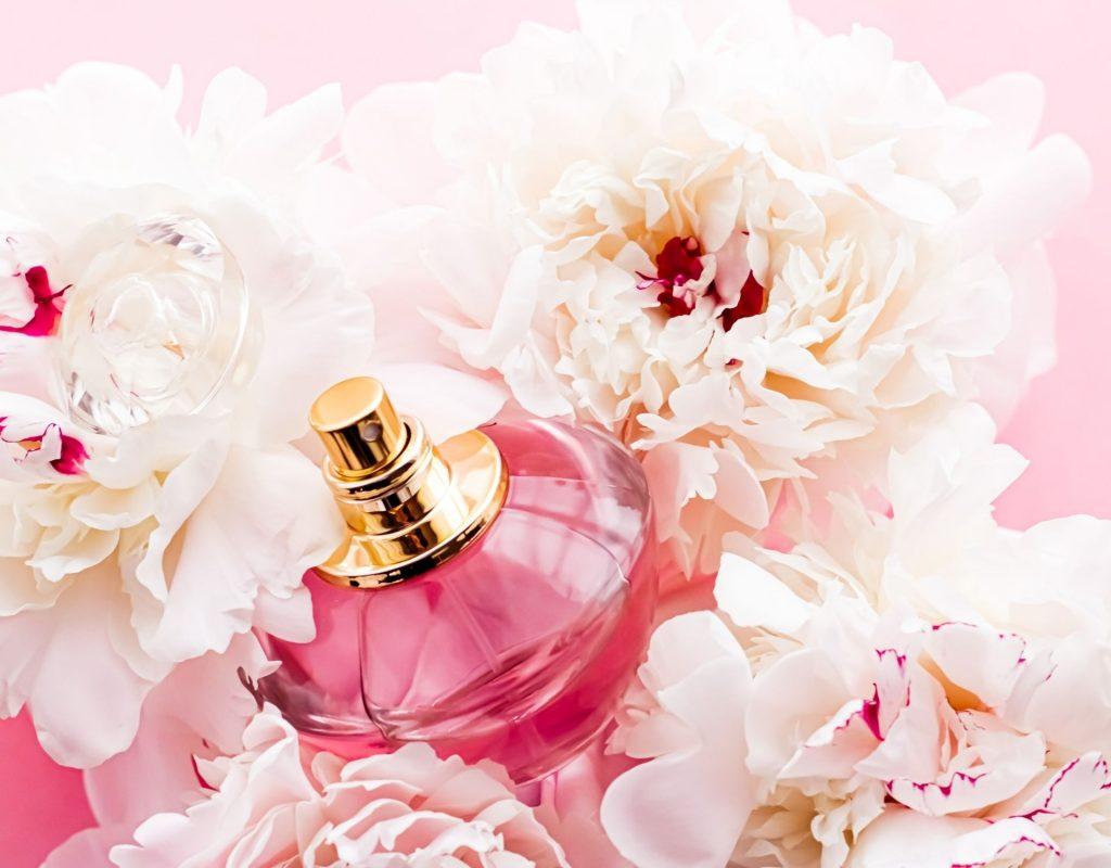 Parfum in Rosen und Blumen
