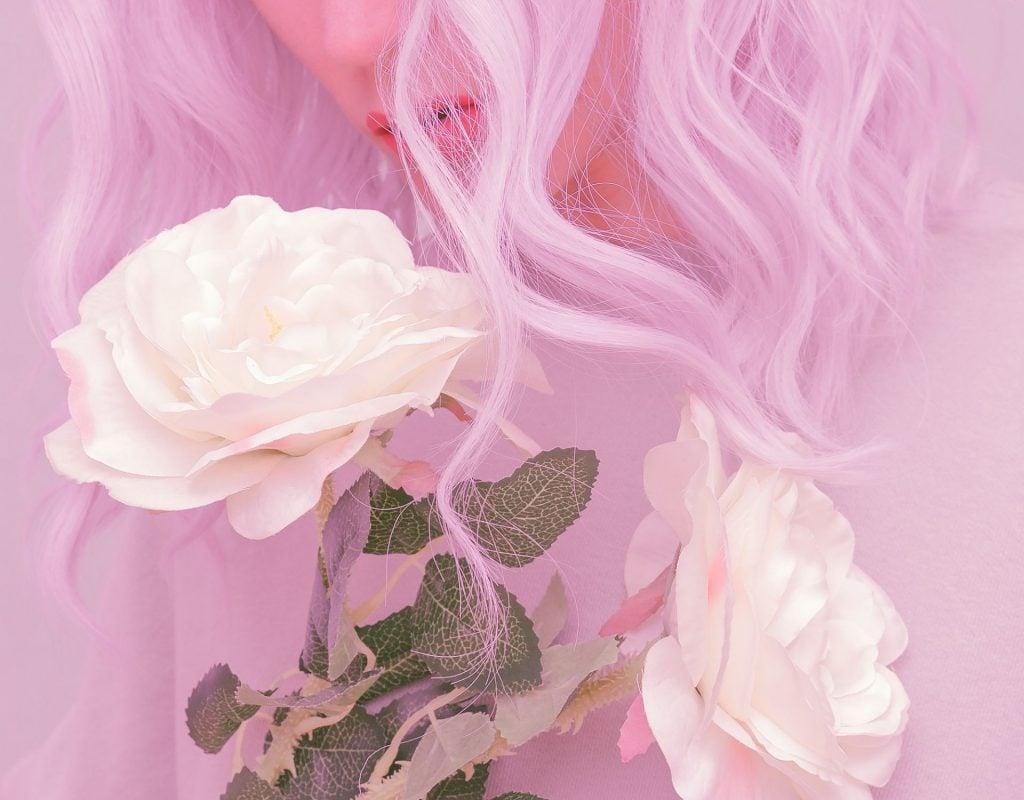 pastell hair, rose, lila haare, frau, locken