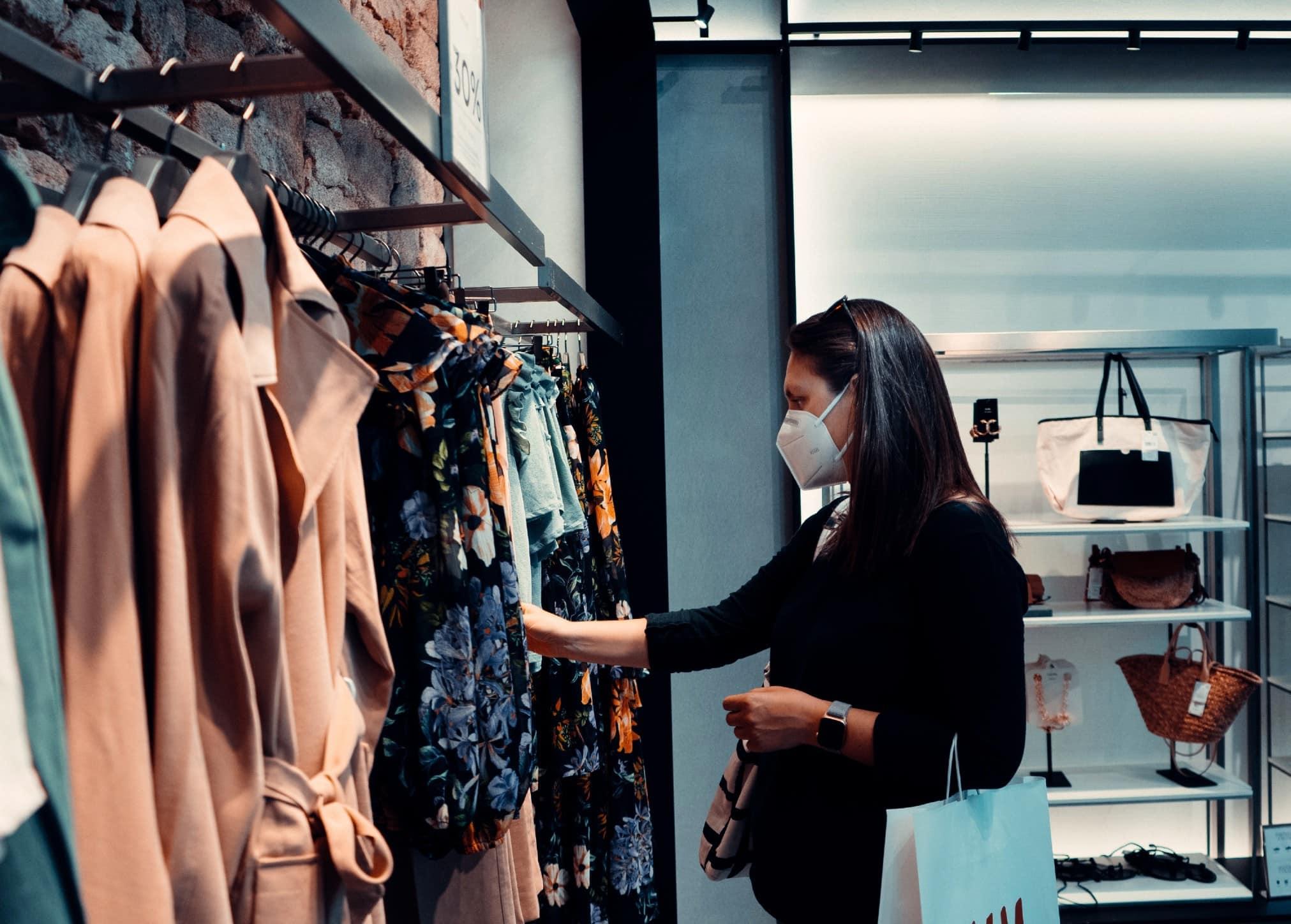 Verkaufsstrategien shopping einkaufen maske