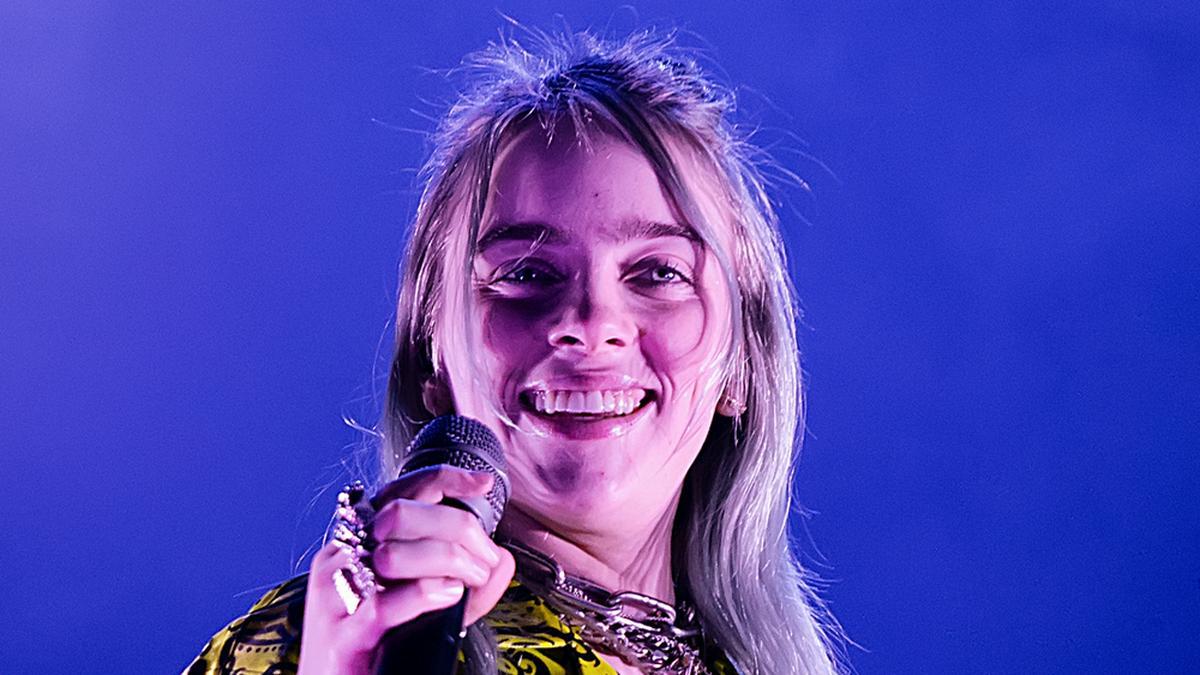 Billie Eilish ist jetzt eine Blondine.. © Christian Bertrand/Shutterstock.com