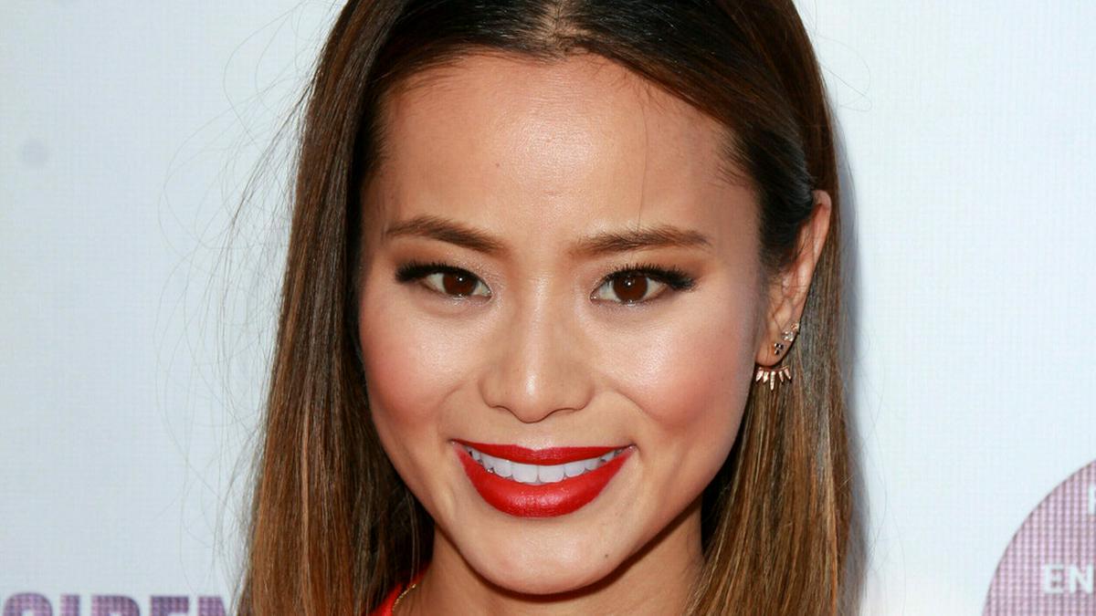 Schauspielerin Jamie Chung macht sich in Rassismus-Debatte stark.. © Kathy Hutchins/Shutterstock.com