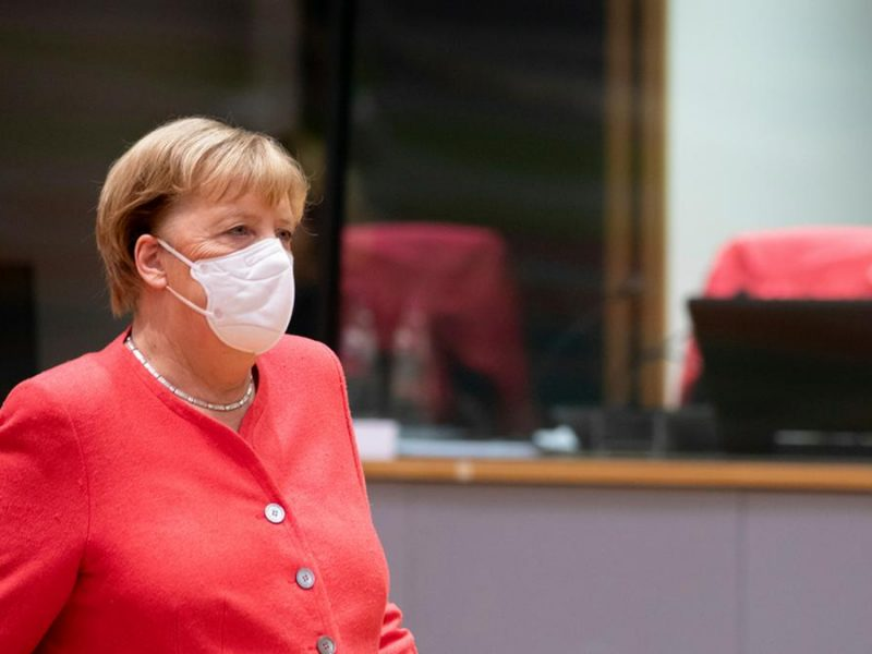 Wird Bundeskanzlerin Merkel am Freitag gegen das Coronavirus geimpft?. © Alexandros Michailidis / Shutterstock.com
