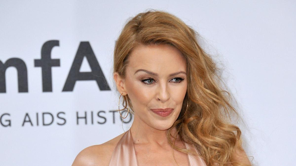 Kylie Minogue trauert um Prinz Philip.. © Jaguar PS / Shutterstock.com