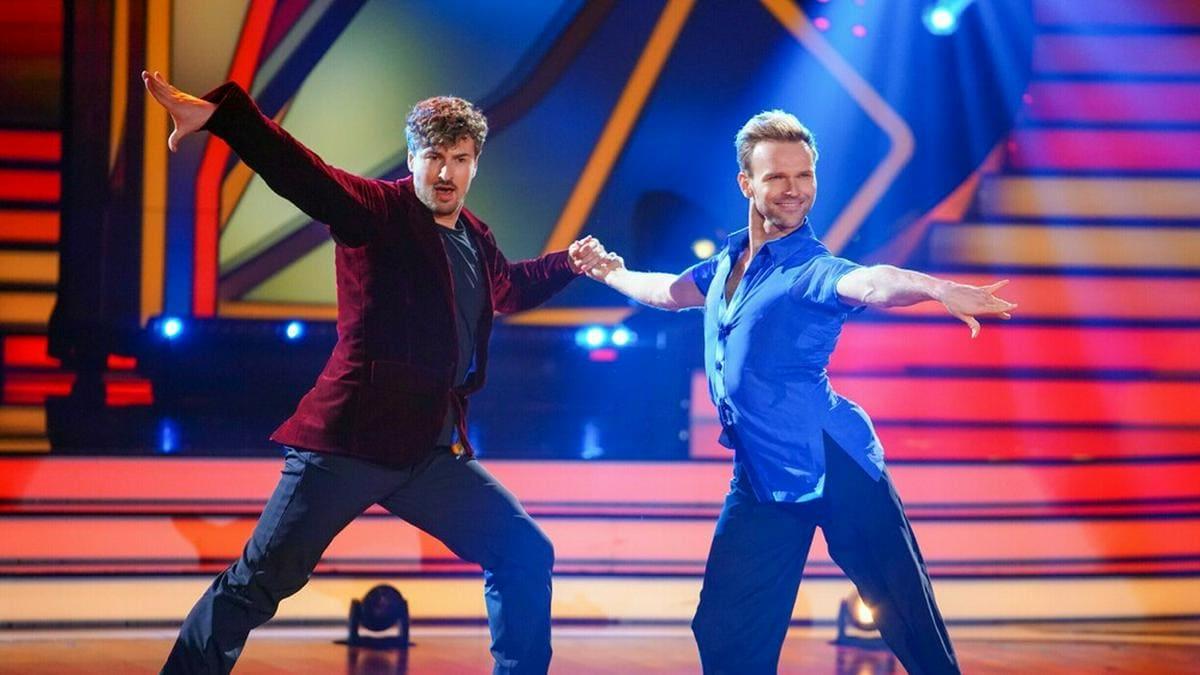 """Nicolas Puschmann (l.) tanzt seit Anfang März mit Vadim Garbuzov bei """"Let's Dance"""" um den Sieg.. © TVNOW / Stefan Gregorowius"""