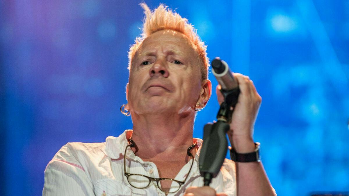 John Lydon kümmert sich rund um die Uhr um seine Frau.. © Marko Zamrznuti tonovi/shutterstock.com
