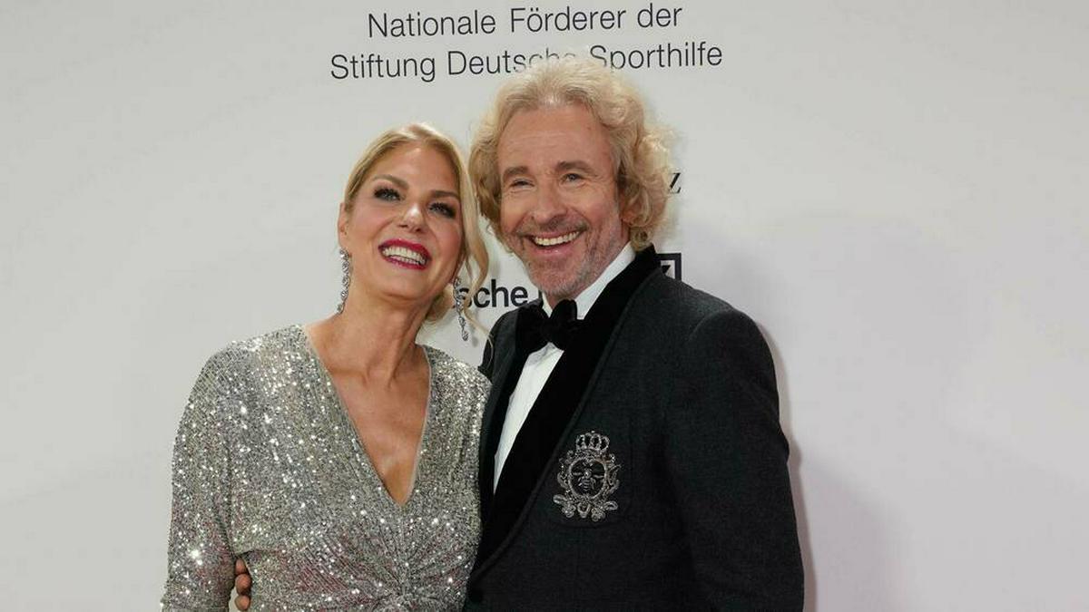 Karina Mroß und Thomas Gottschalk bei einem Event 2020.. © imago images/POP-EYE