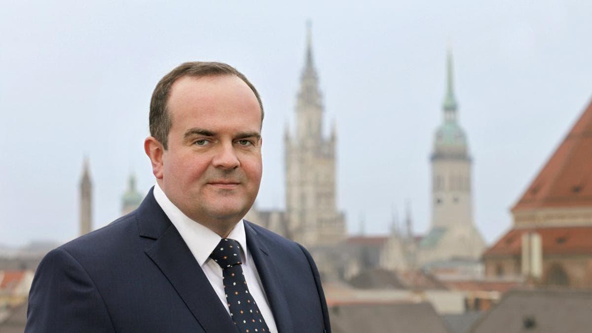 Clemens Baumgärtner ist seit März 2019 Referent für Arbeit und Wirtschaft der Stadt München - und somit offiziell Chef der Wiesn.. © privat