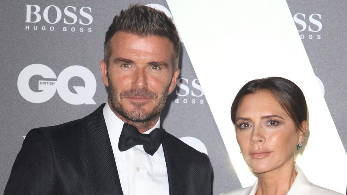 David und Victoria Beckham sind angeblich wieder auf ihrem Anwesen in den Cotswolds angekommen.. © Landmark Media. pictures@lmkmedia.com. Tel:00 44 20 7033 3830/ImageCollect
