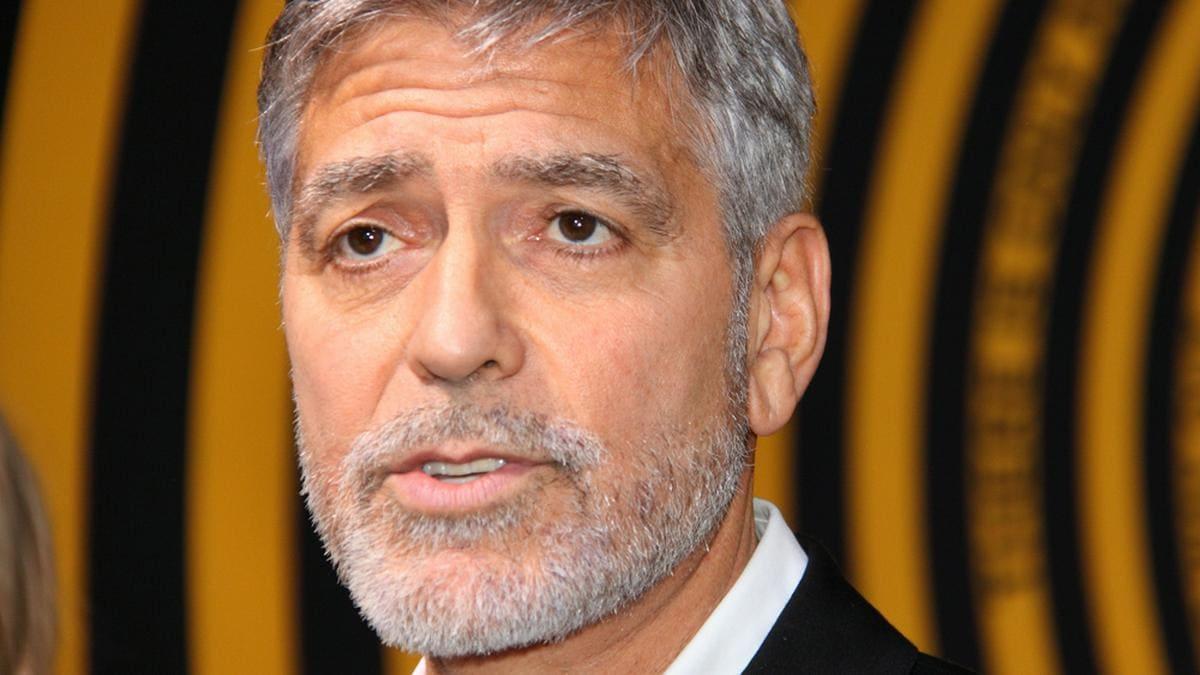 George Clooney während eines Events im Jahr 2019. © Serge Rocco/Shutterstock.com