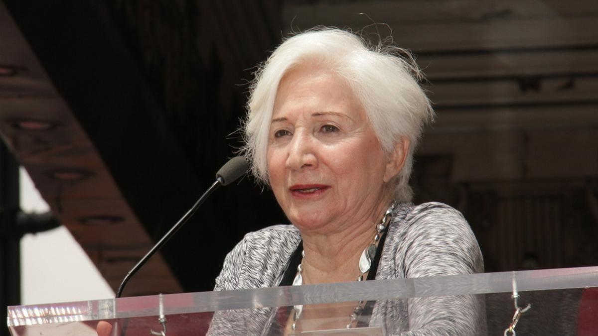 Olympia Dukakis bei einem Auftritt in Los Angeles. © Kathy Hutchins/Shutterstock.com