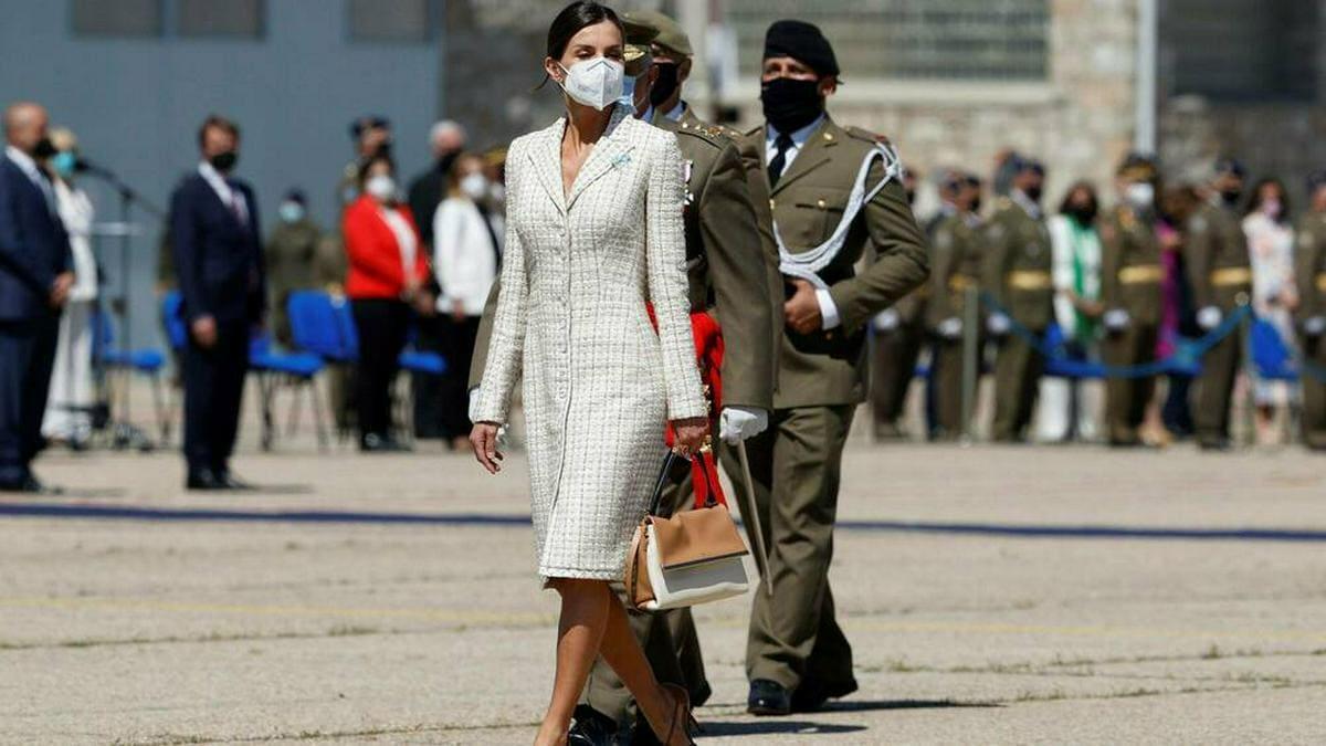 Königin Letizia bei ihrem jüngsten Auftritt im Tweed-Kleid.. © imago images/Agencia EFE
