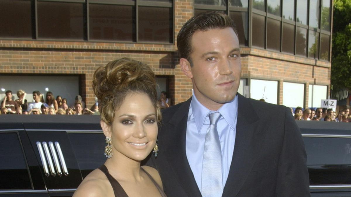 Jennifer Lopez und Ben Affleck waren von 2002 bis 2004 ein Paar - hier bei einer Premiere im Jahr 2003.. © Shutterstock.com / Featureflash Photo Agency