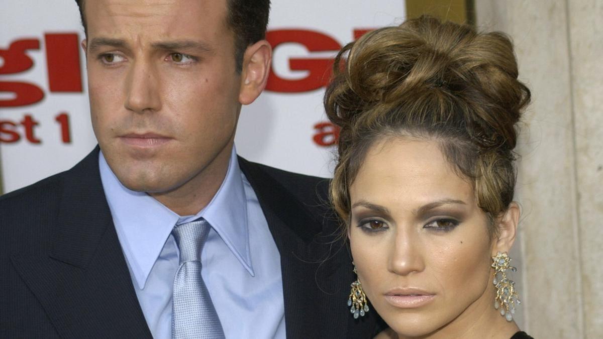 Ben Affleck und Jennifer Lopez (hier im Jahr 2003) waren knapp zwei Jahre lang ein Paar.. © Featureflash Photo Agency / Shutterstock.com