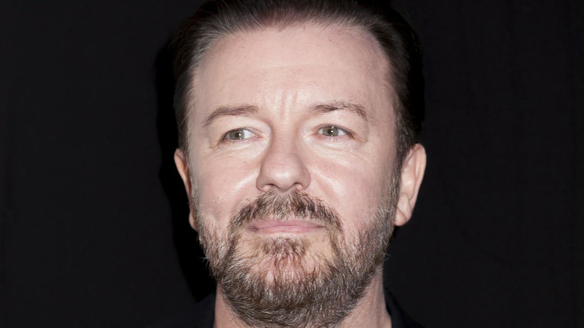 Ricky Gervais arbeitete über viele Jahre mit dem Filmproduzenten Charlie Hanson zusammen.. © Sam Aronov/Shutterstock.com