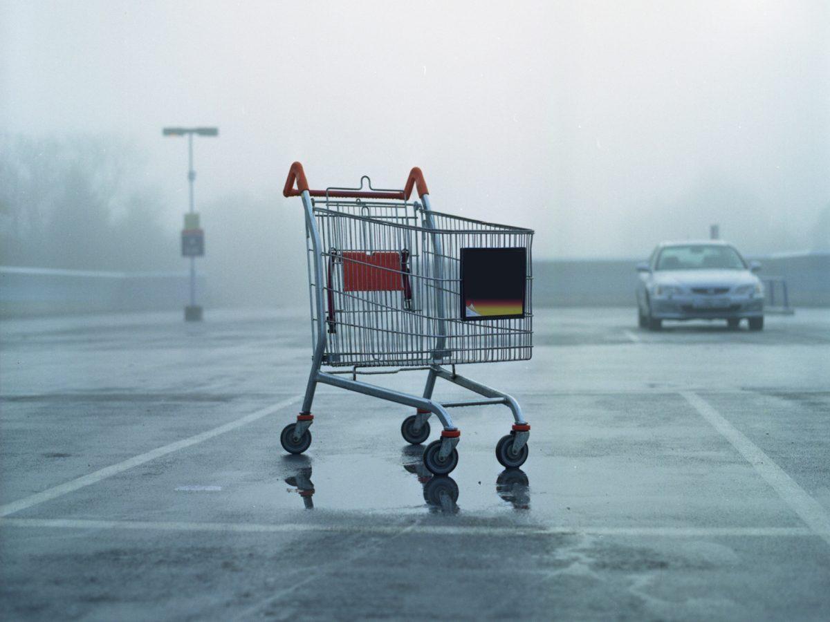einkaufswagen supermarkt parkplatz