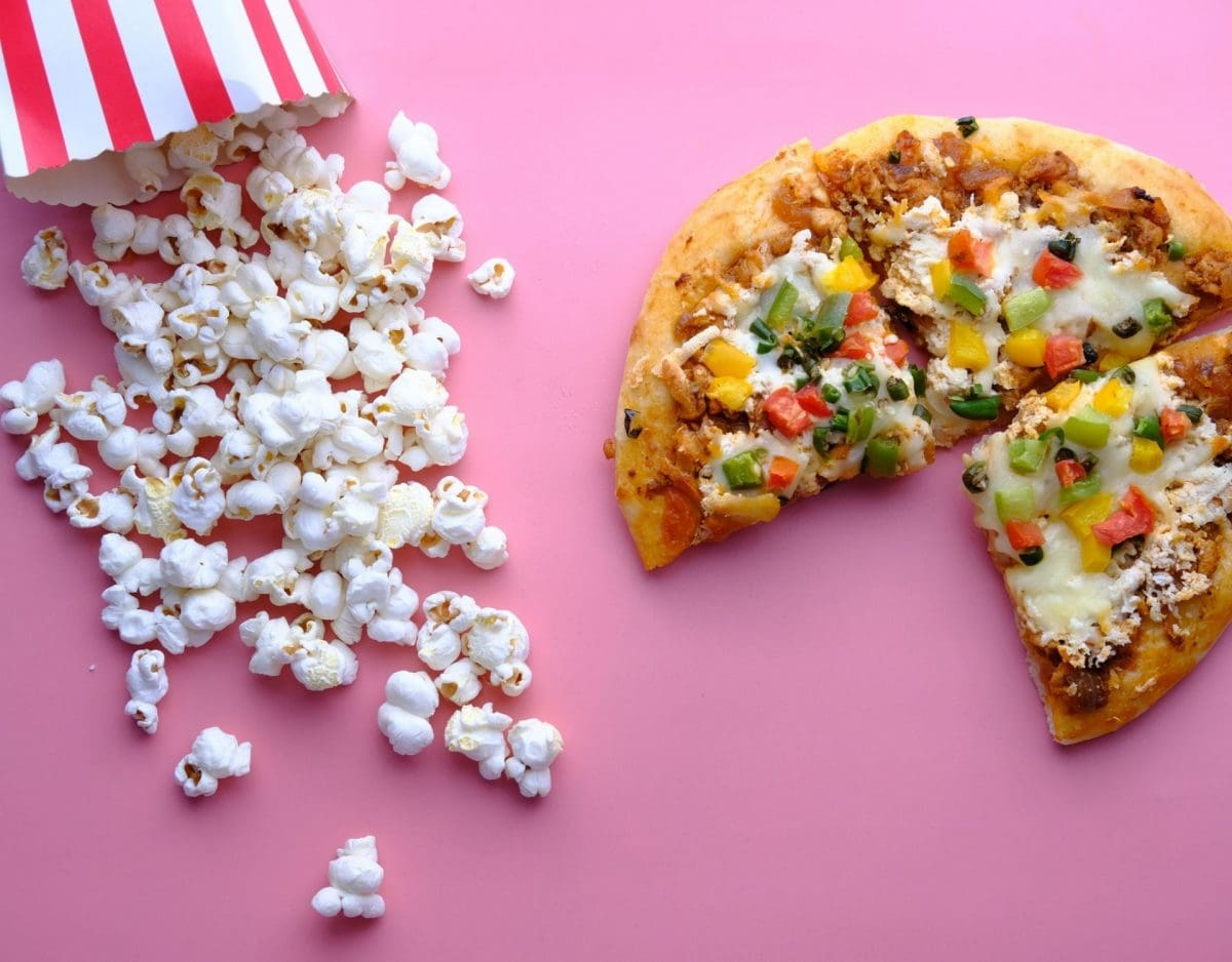 Ernährungsweise pizza popcorn