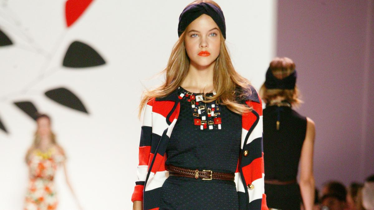 Fashionistas erobern den Sommer dieses Jahr im Streifen-Cardigan.. © Nata Sha/Shutterstock.com