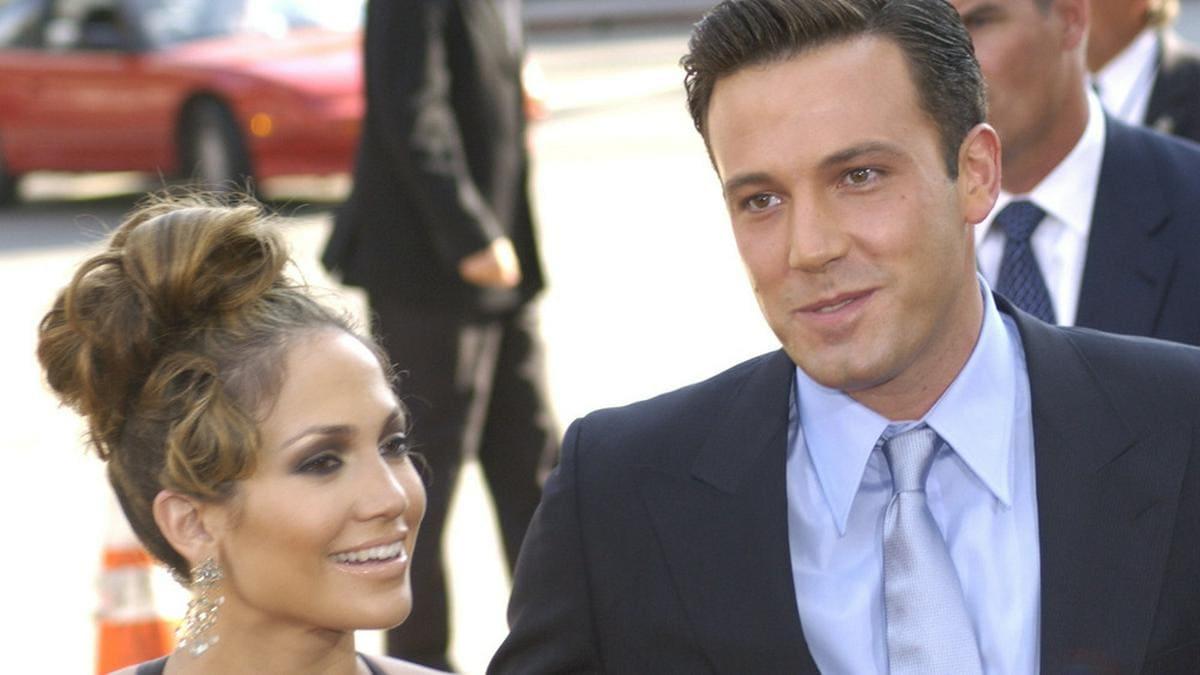 """Jennifer Lopez und Ben Affleck bei der Premiere ihres Films """"Liebe mit Risiko - Gigli"""" in Los Angeles"""