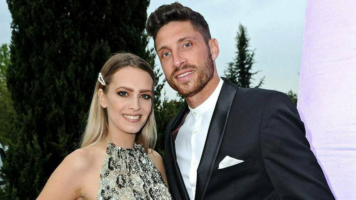 Yvonne Schröder-Kister und Mann Tim Kister bei einem Gala-Dinner 2019.. © IMAGO / STAR-MEDIA