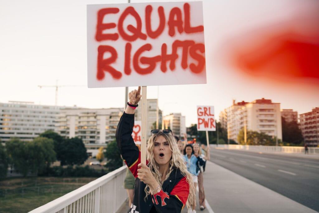 Frau Protest