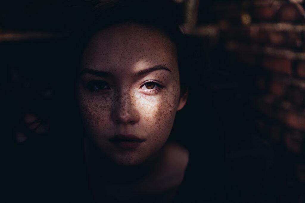 Frau Sonne Auge
