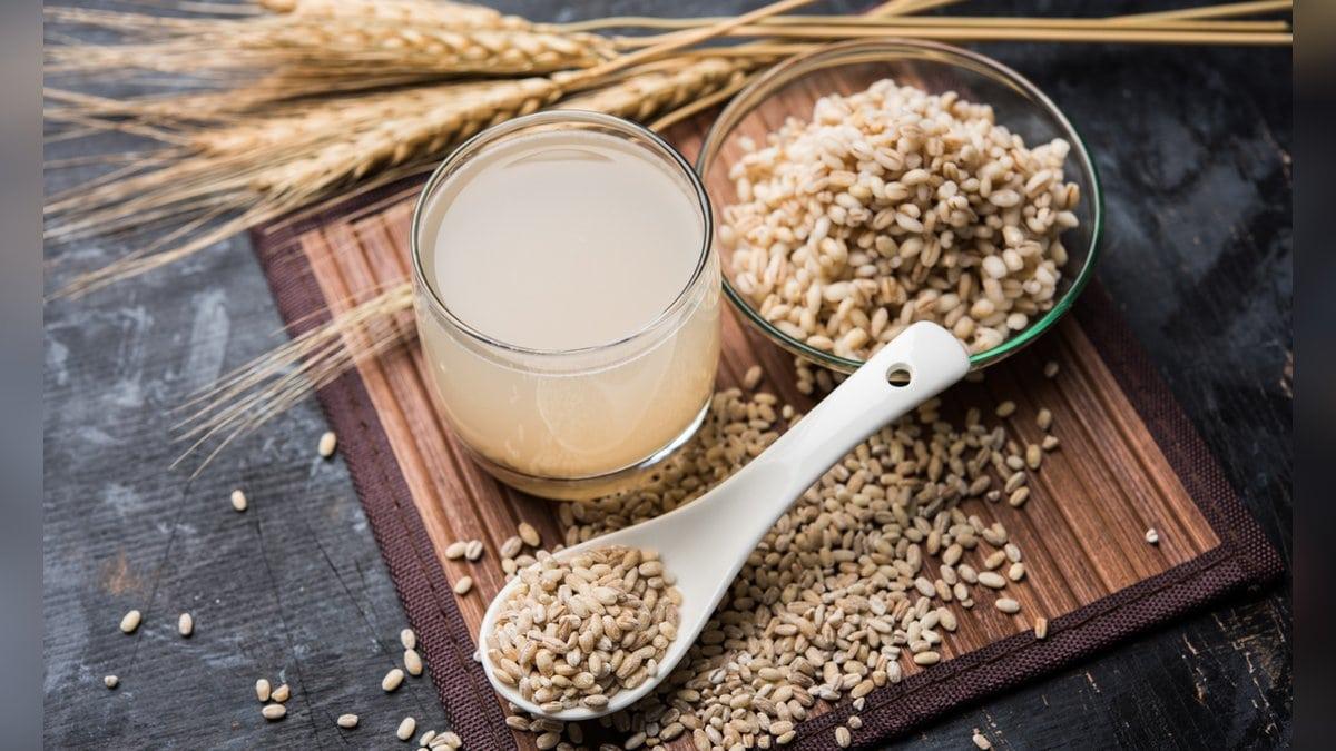 Gerstenwasser galt schon im antiken Griechenland als Heiltrunk. (Symbolbild). © Indian Food Images/Shutterstock.