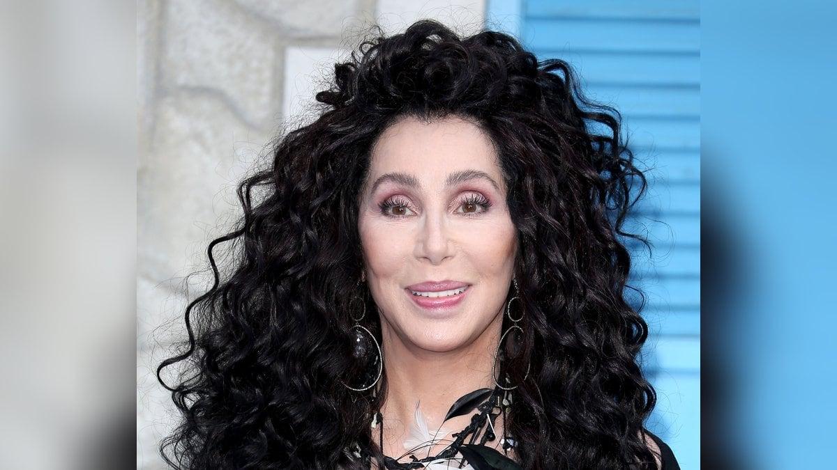 "Cher auf der ""Mamma Mia""-Premiere in London 2018.. © Cubankite / shutterstock.com"