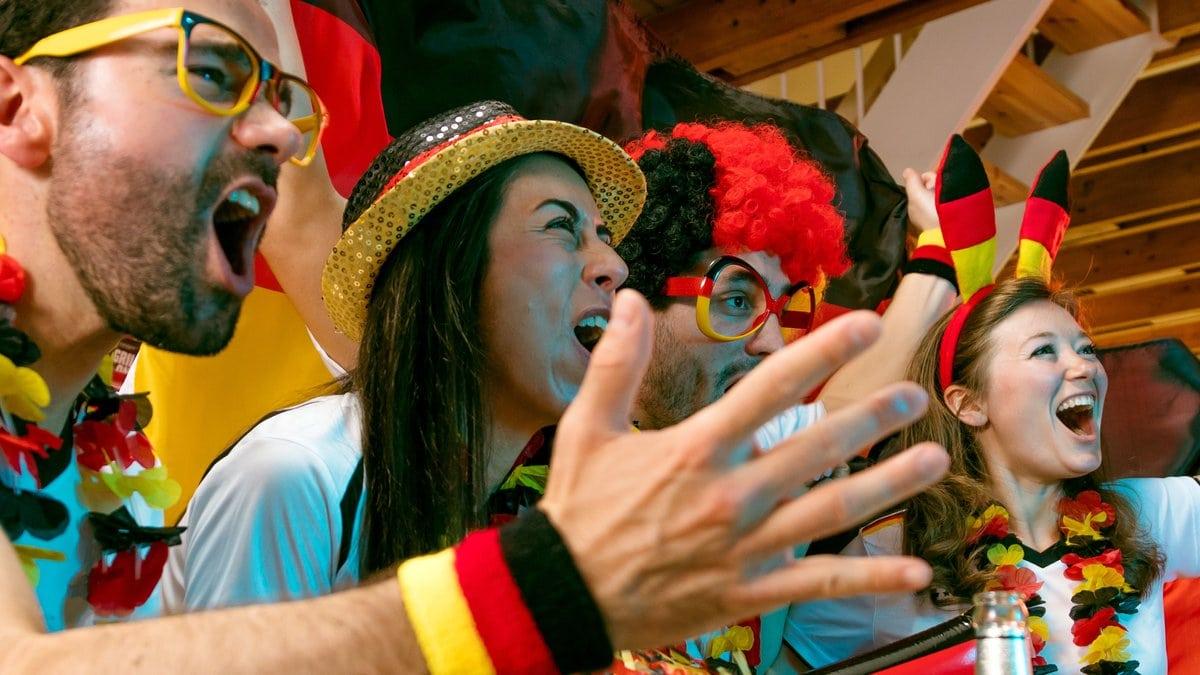 Im zweiten EM-Gruppenspiel gegen Portugal stieg der Stromverbrauch vor allem zum Zeitpunkt des Anpfiffs merklich an.. © KarepaStock/Shutterstock.com