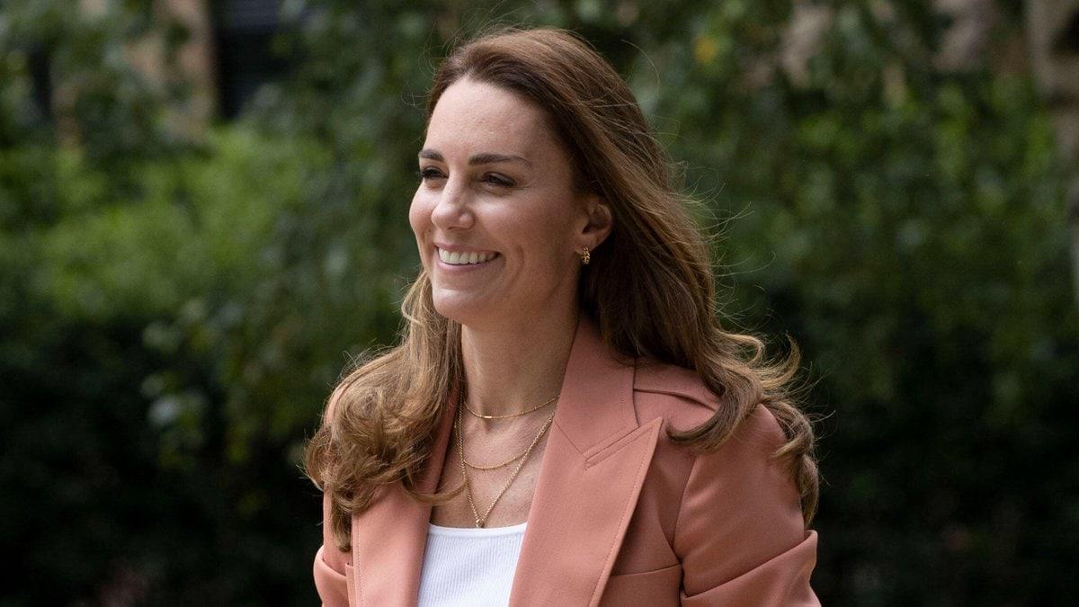 Herzogin Kate strahlte in ihrem Alltagslook.. © imago images/i Images
