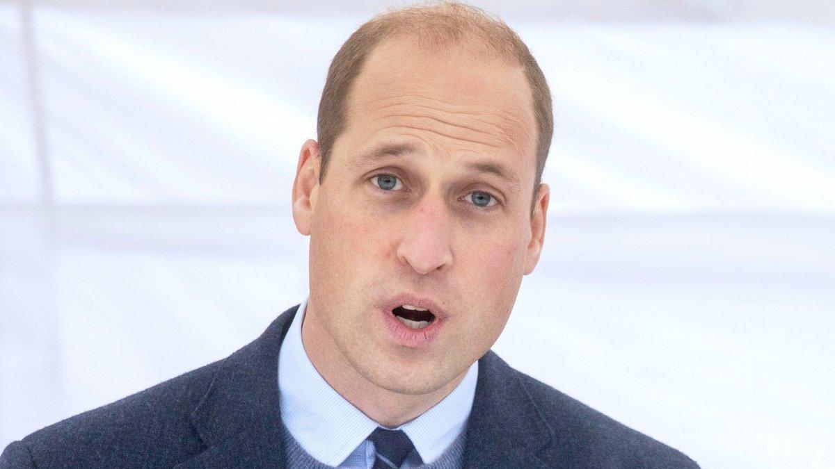 Prinz William hat keinerlei Verständnis für die rassistischen Entgleisungen manch englischer Fans.. © ALPR/AdMedia/ImageCollect.com
