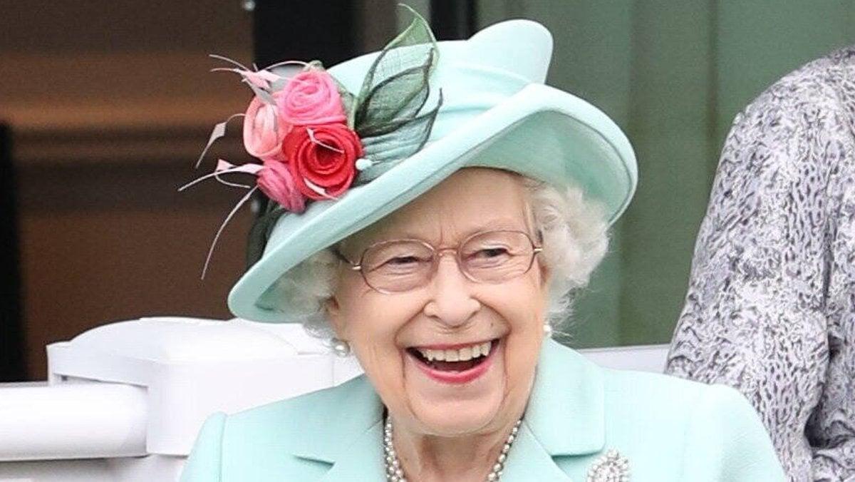 Queen Elizabeth II. sitzt im kommenden Jahr bereits 70 Jahre lang auf dem Thron.. © imago/i Images