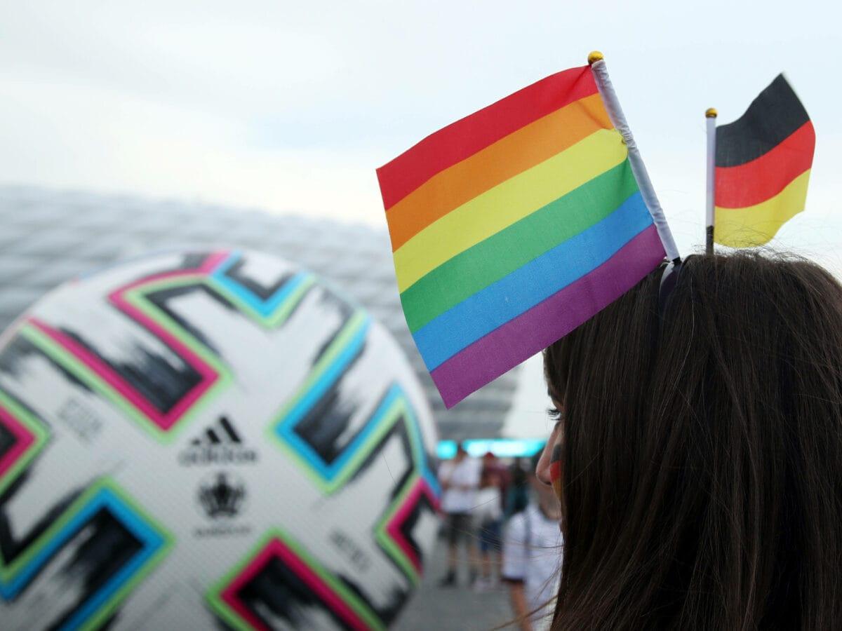 Fußball-EM Regenbogenflagge