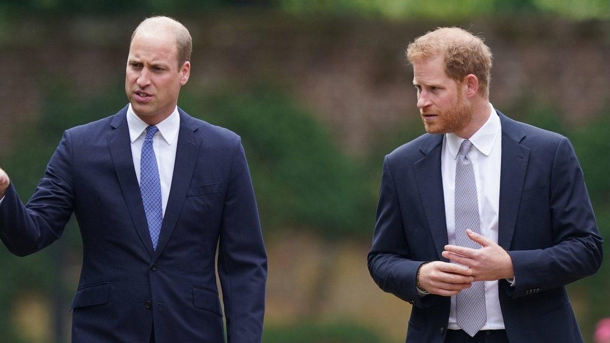 Prinz William und Prinz Harry gemeinsam in London.. © imago/i Images