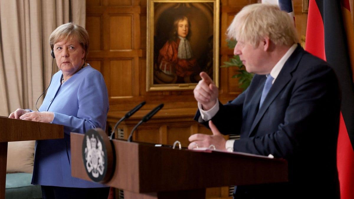 Angela Merkel weilt derzeit in Großbritannien.. © getty/[EXTRACTED]: JONATHAN BUCKMASTER/AFP via Getty Images