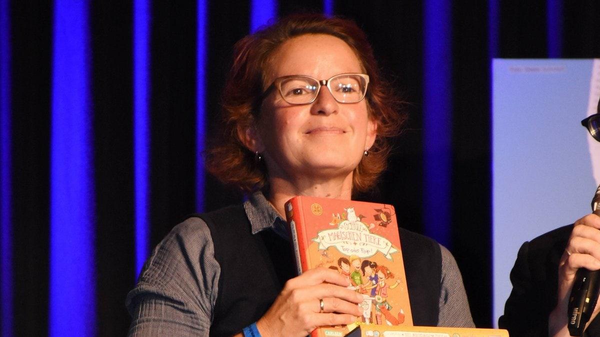 Margit Auer bei einer Preisverleihung in München.. © imago/Lindenthaler