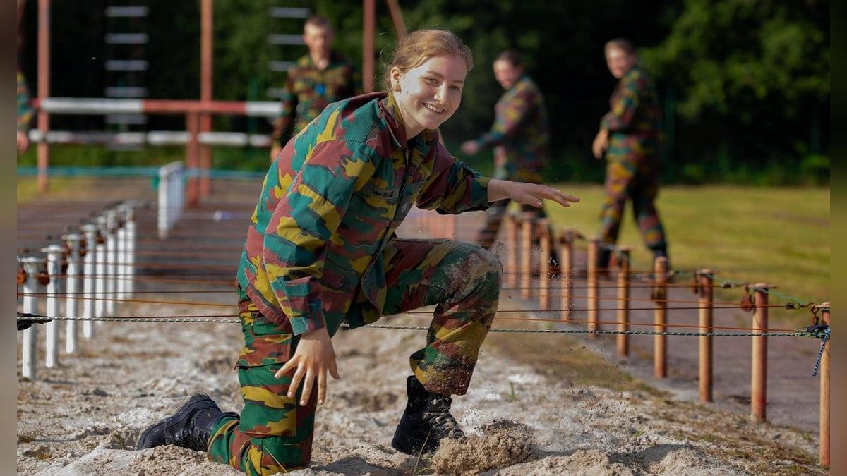 Kronprinzessin Elisabeth von Belgien trainiert an der Königlichen Militärakademie.. © imago/PPE