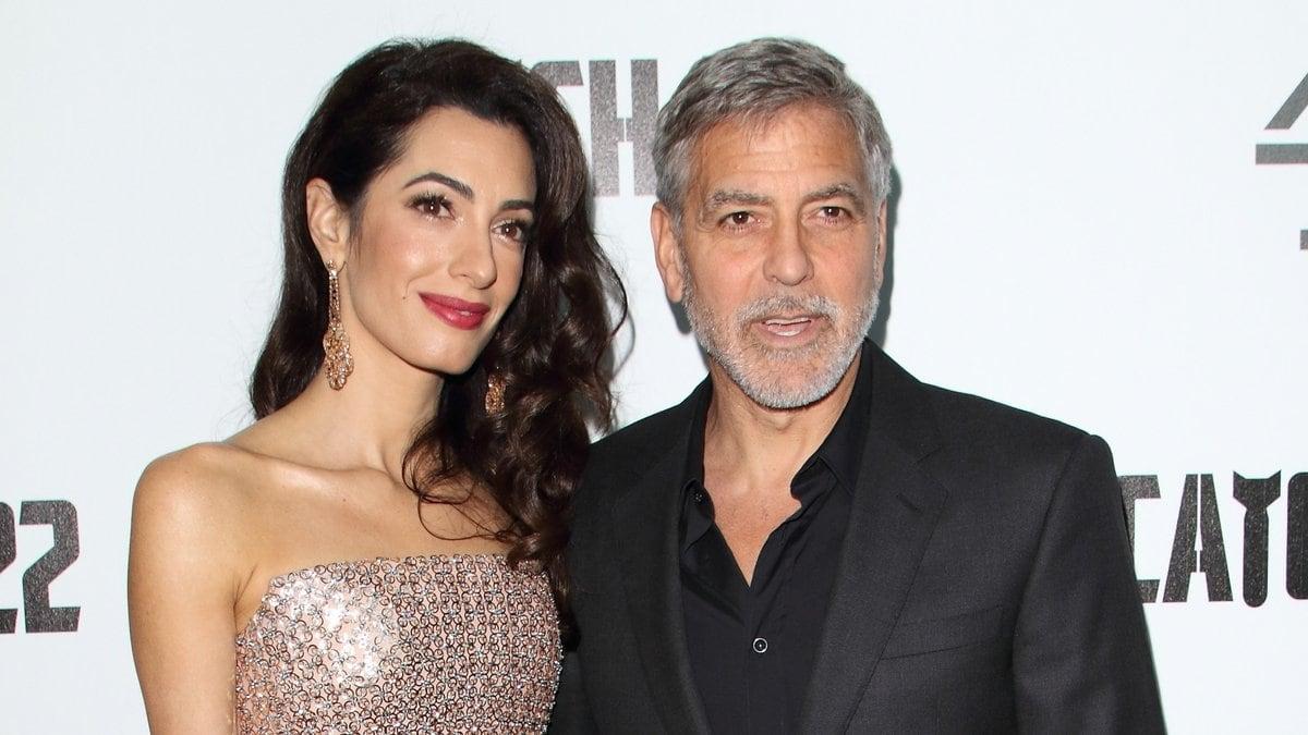George und Amal Clooney bei einem gemeinsamen Auftritt in London.. © Landmark Media. pictures@lmkmedia.com. Tel:00 44 20 7033 3830/ImageCollect