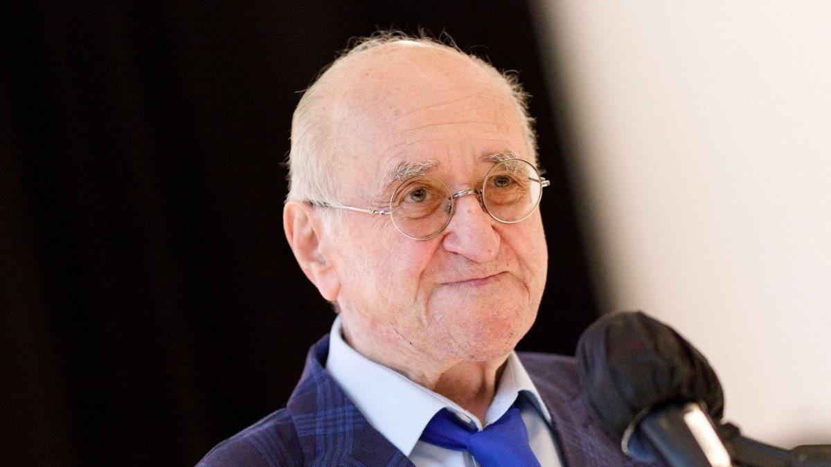 Starb im Alter von 87 Jahren: TV-Moderator Alfred Biolek. © imago/Future Image